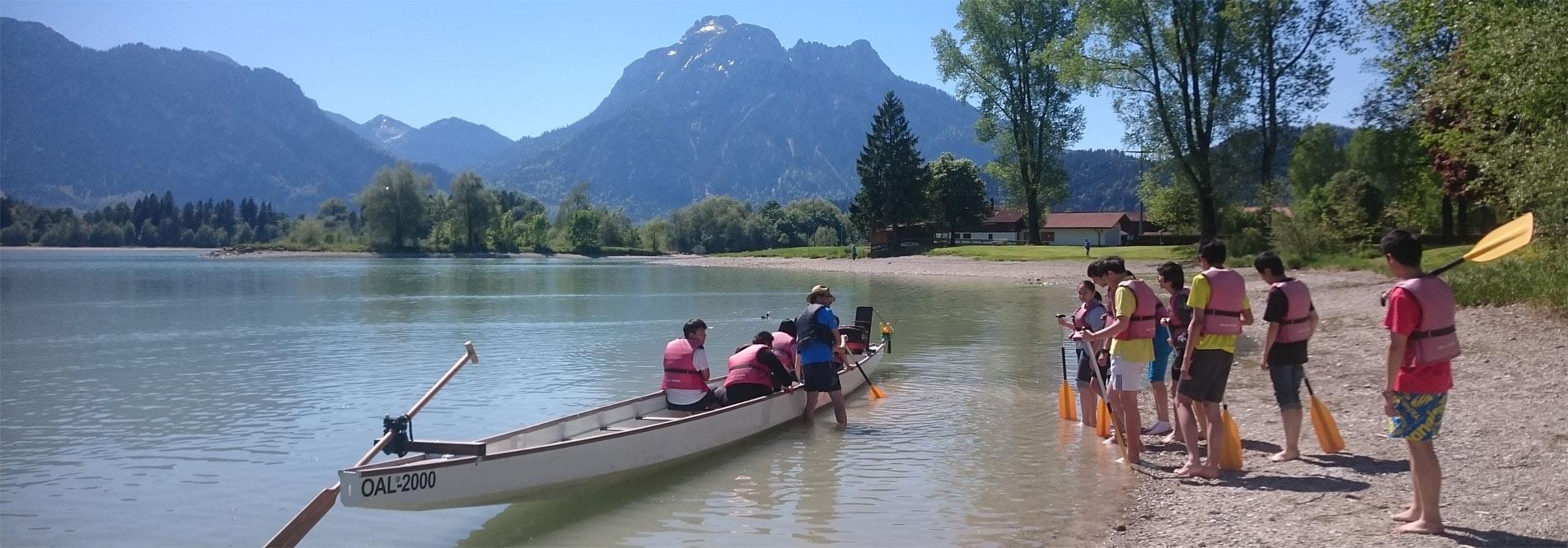 Das Allgäu und die Alpen bieten den Schülern vielfältige Möglichkeiten für Sport und Freizeit.